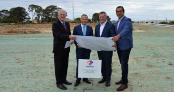(L-R) Cockburn mayor Logan K Howlett, Western Australia deputy premier Roger Cook, Bethesda Health Care CEO Dr Neale Fong and Jandakat assembly member Yaz Mubarakai at the site launch.