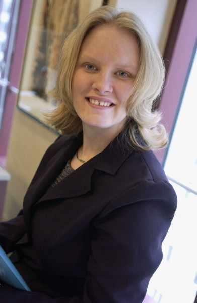 Tina Sass Associate 2003 mss_481461