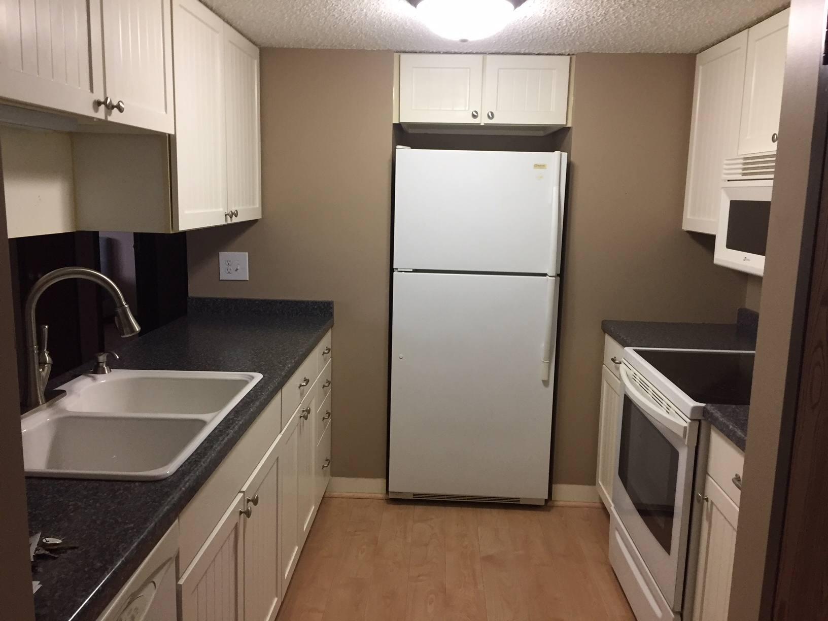 New Kitchen Condo