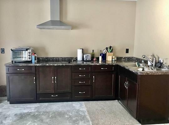 lower kitchen best pic