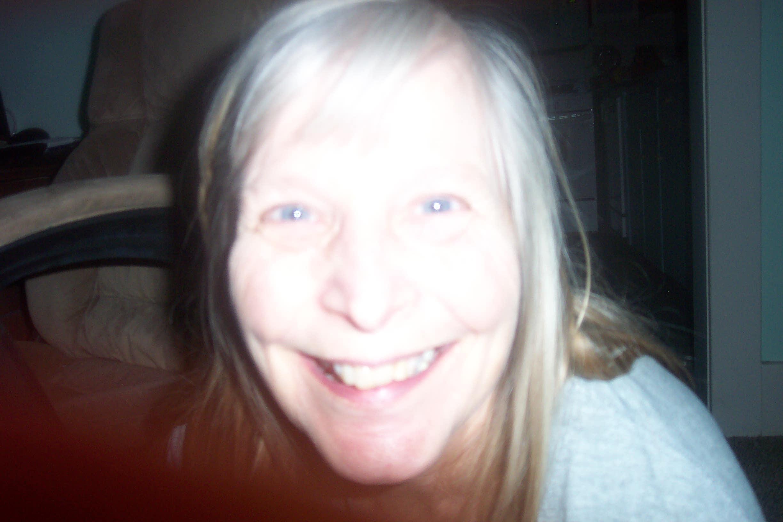 Elaine R. (@mrser52)