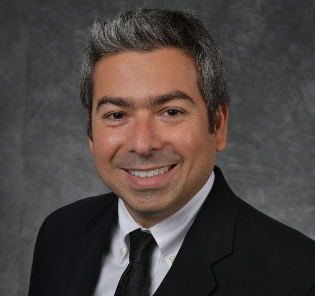 Dr. Octavio Santos