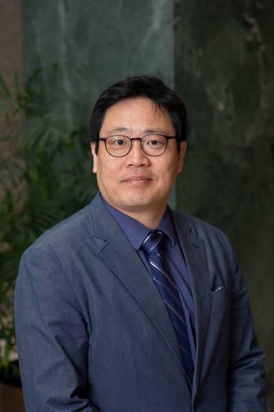 J Kim