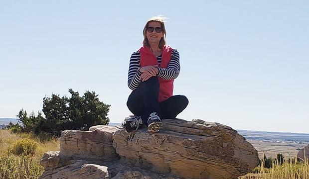 Jessica Erickson hiking
