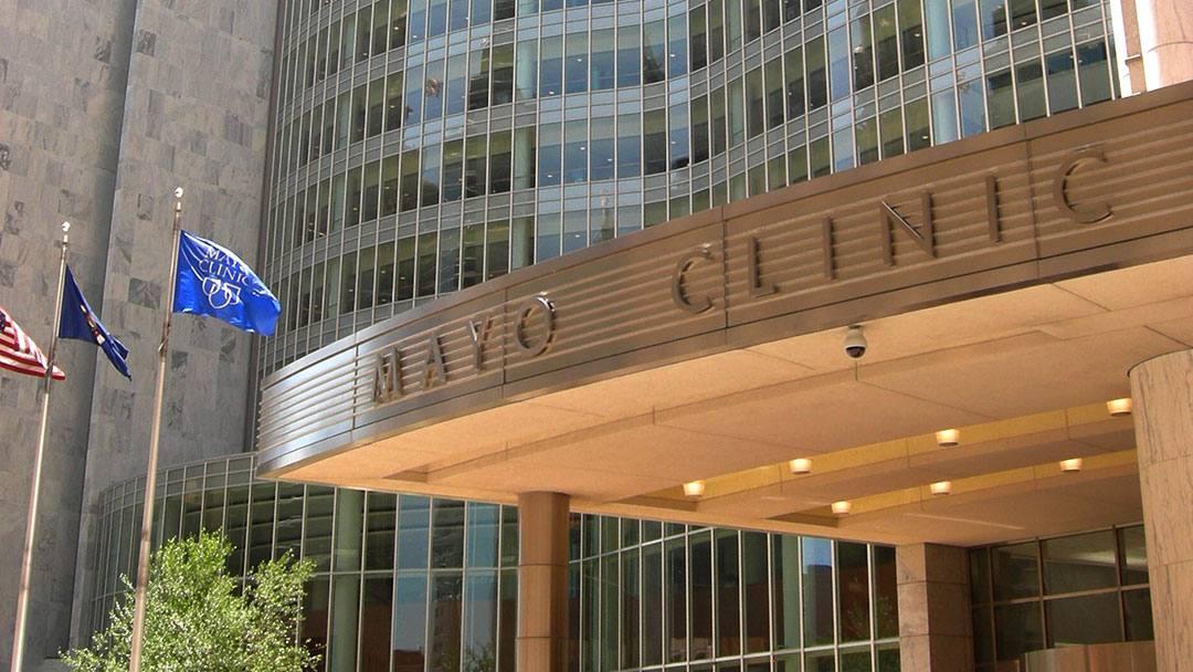 MayoClinicEntranceFlag-1
