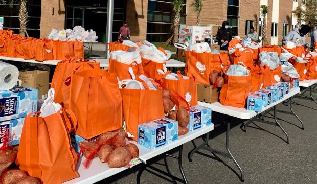 Food Distribution Drive-Thru - Terry Parker