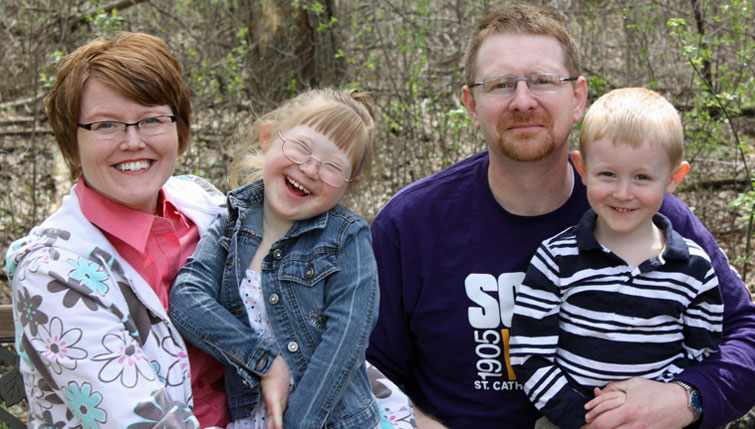 Carl White enjoys time with his family now that he's learned to manage his chronic pain.