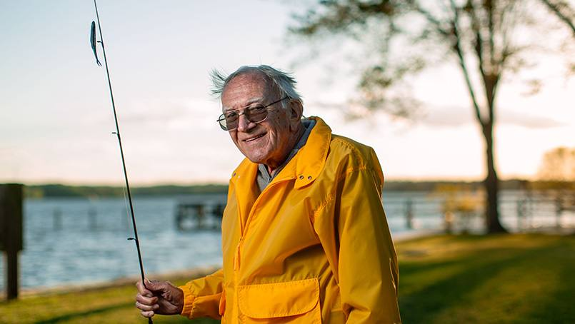 A leaky mitral valve in his heart was making life difficult for Bob Hamme. But minimally invasive surgery to place a mitral clip solved the problem and allowed Bob to get back to the activities he enjoys.
