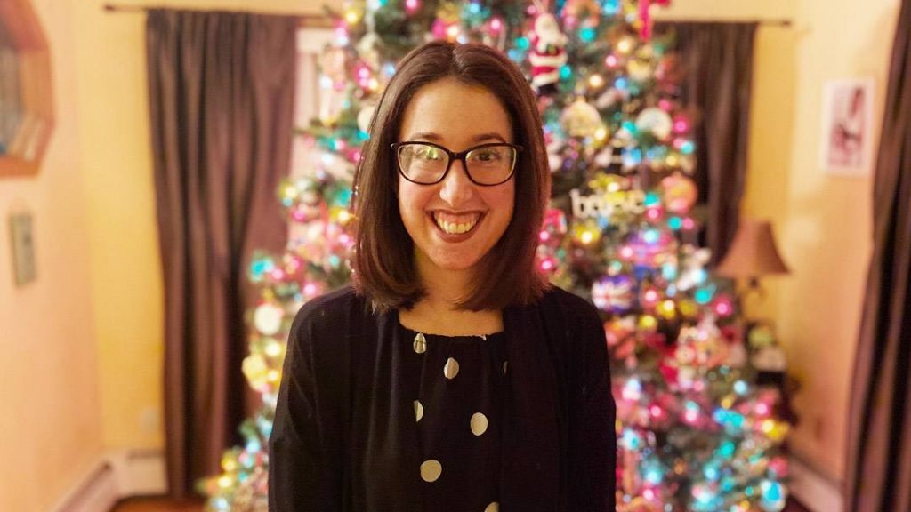 Alexa Lofaro spent six months taking medications for a condition she didn't have. Once she arrived at Mayo Clinic, a multidisciplinary team specializing in her disease not only provided the right diagnosis, but also conducted the genetic testing necessary to find the right medication for her.