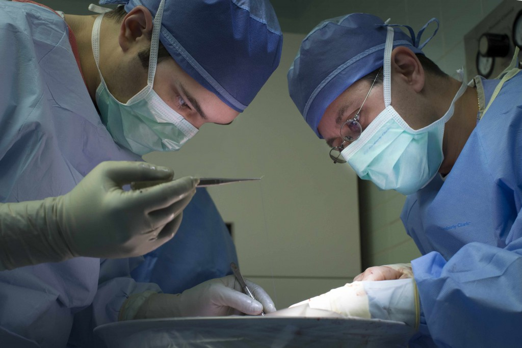 Mayo Clinic surgeons at work