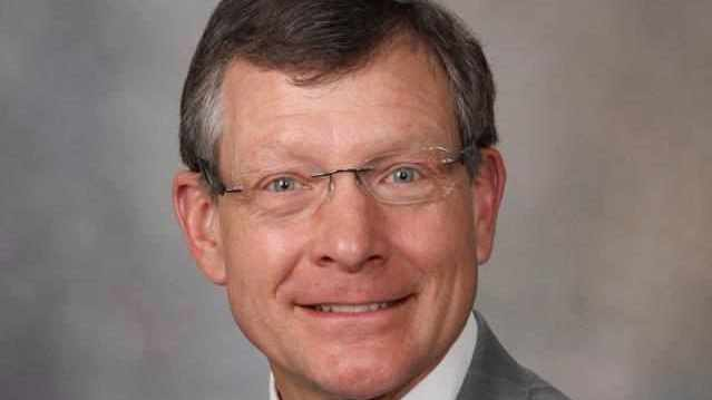 bio picture of Dr. Michael Jensen