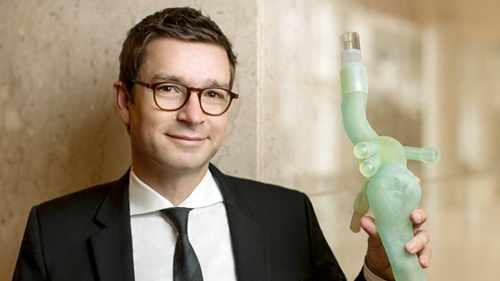Dr. Gustavo Oderich