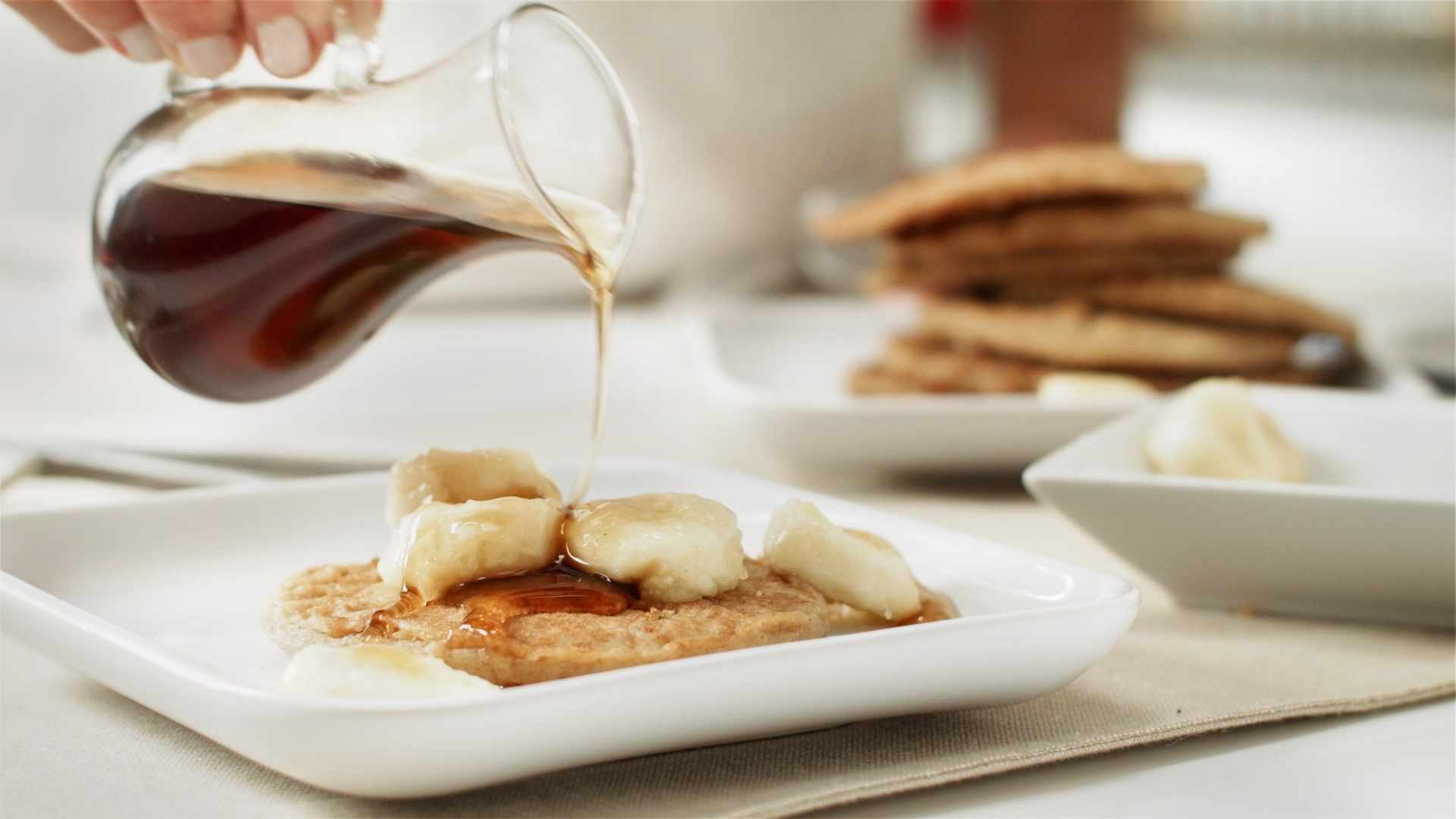 making-mayo-recipes-oatmeal-banana-pancake-16-x-9