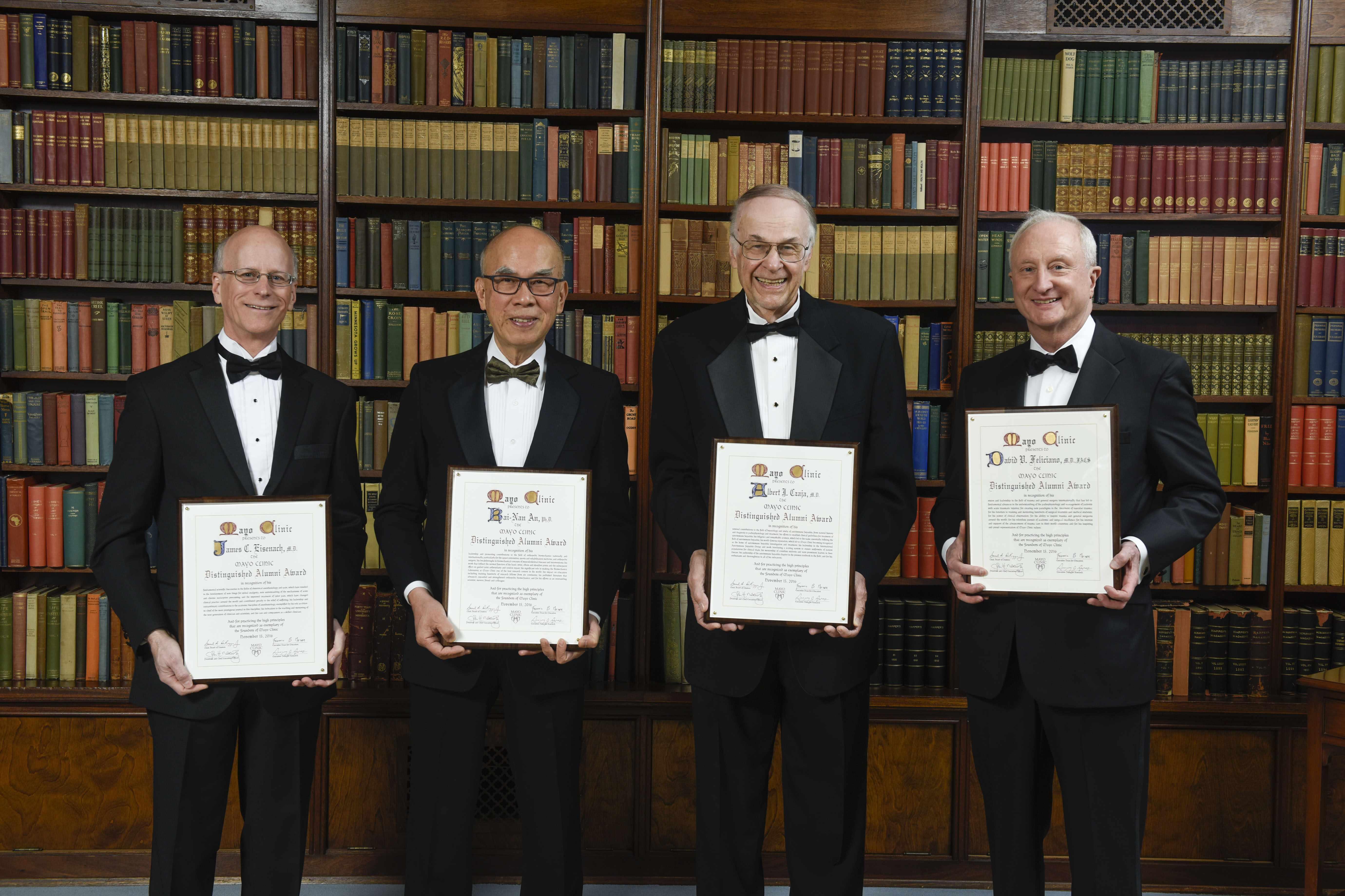 distinguished_alumni