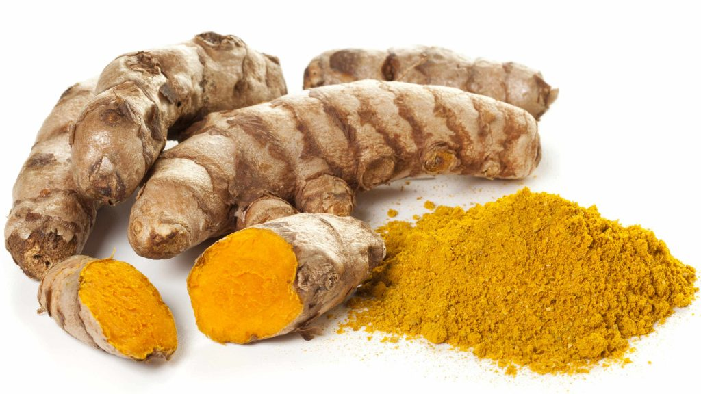 ground turmeric and whole turmeric roots