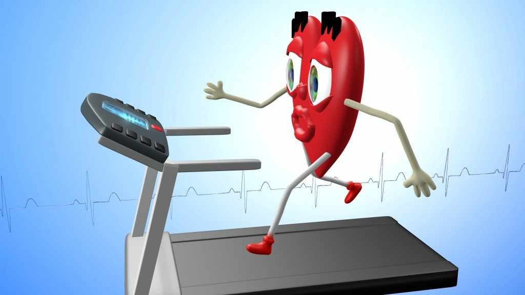 Un corazón dibujado hace ejercicio en la cinta de andar