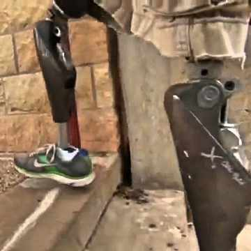 prosthetic knees walking up stairs