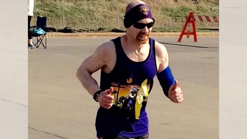 patient Chris Gordon running in a race