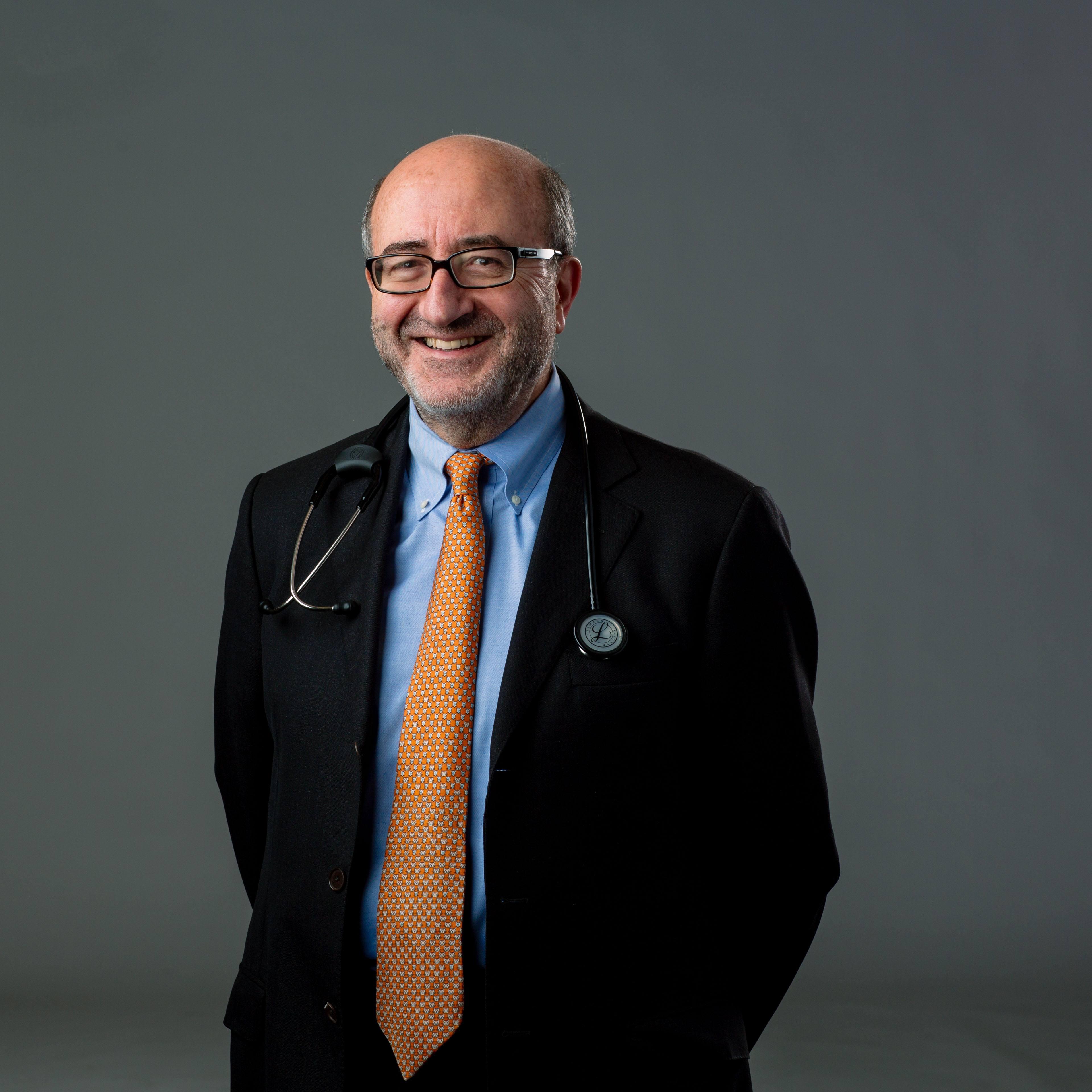 Dr. Vicente Torres