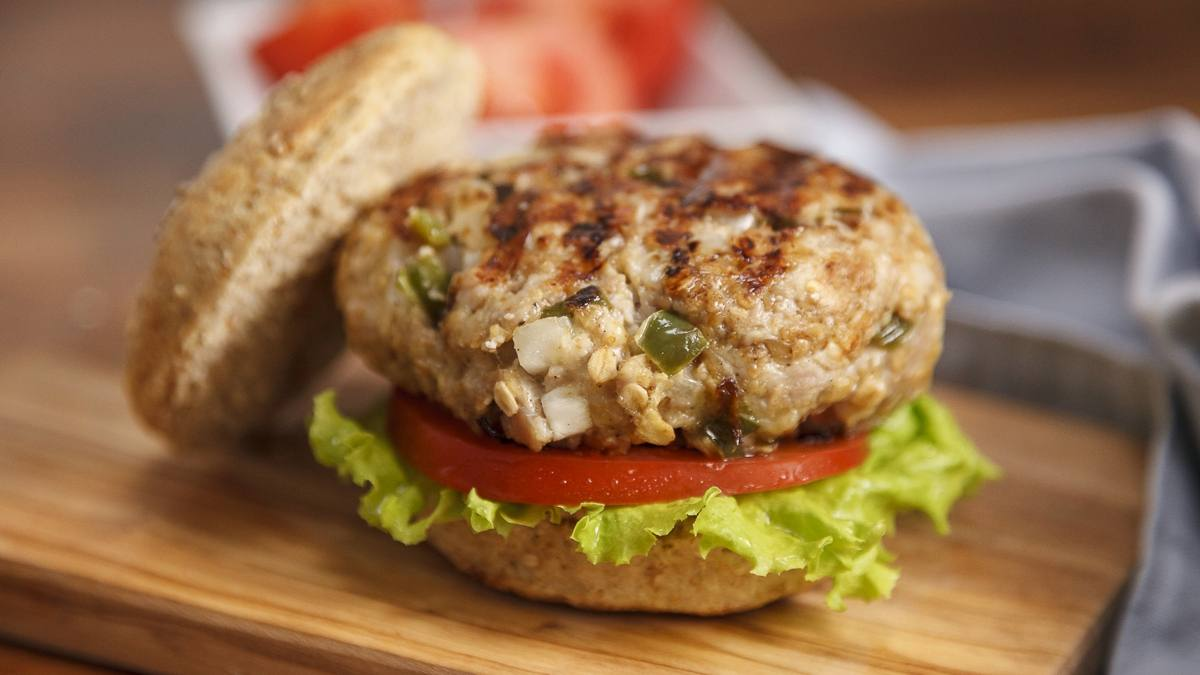 Smoked Gouda poblano turkey burger