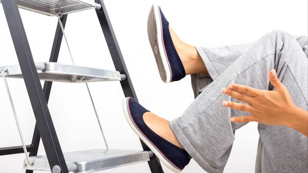 Fall prevention: Simple tips to prevent falls