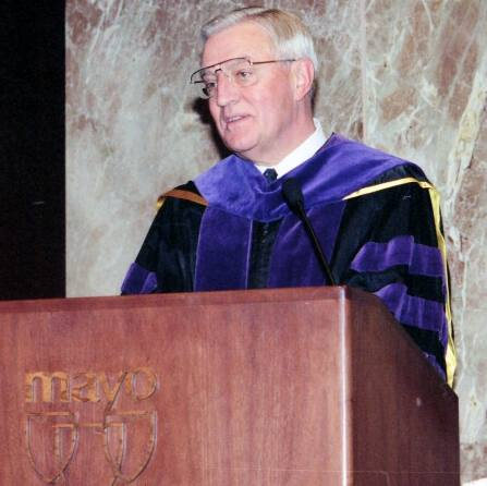Former Vice President Walter Mondale address Mayo Clinic Board of Trustees