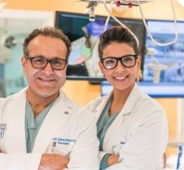 Rawan Al-Kharboosh and Dr. Quinones-Hinojosa stand side by side