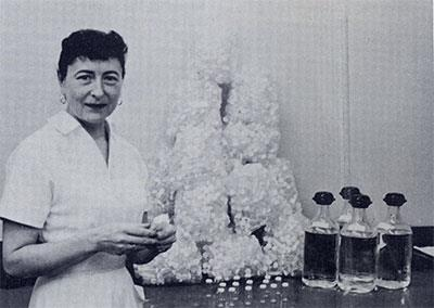 Lydia Roberts supervised the meticulous, dust-free preparation of 156,000 vials used by the laboratory in a year.