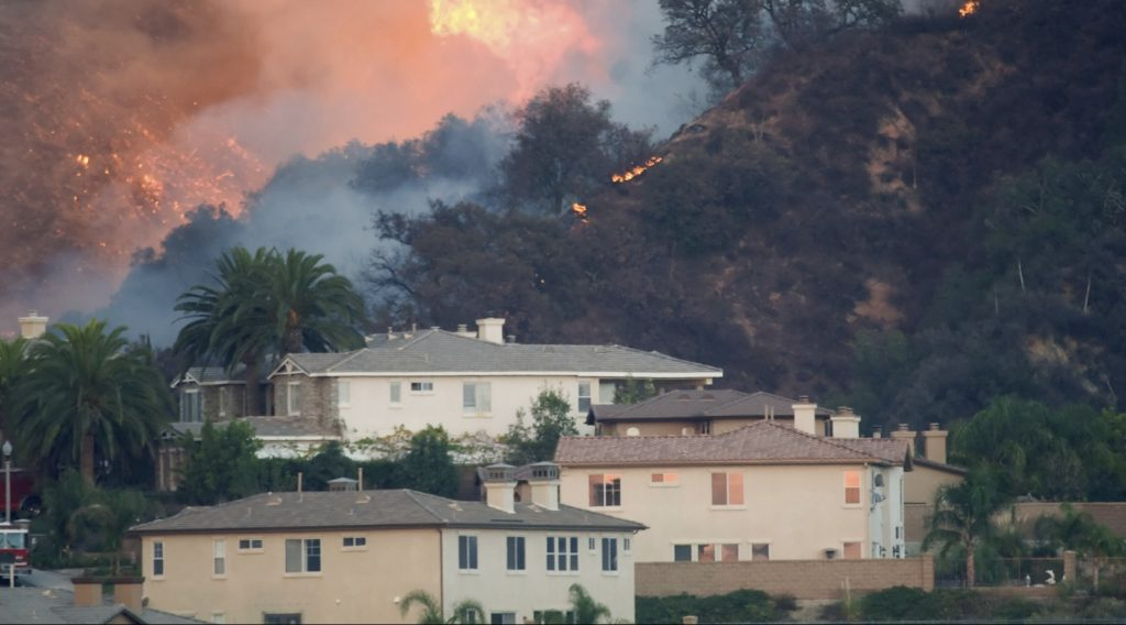 New UCLA app provides tips for coping with such natural disasters as wildfires.