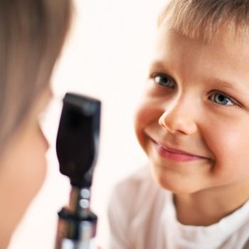 4 Tips to make sure your child's eyes and vision are 'Grade A' this school year