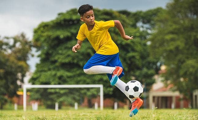 Treating ACL tears in youth athletes
