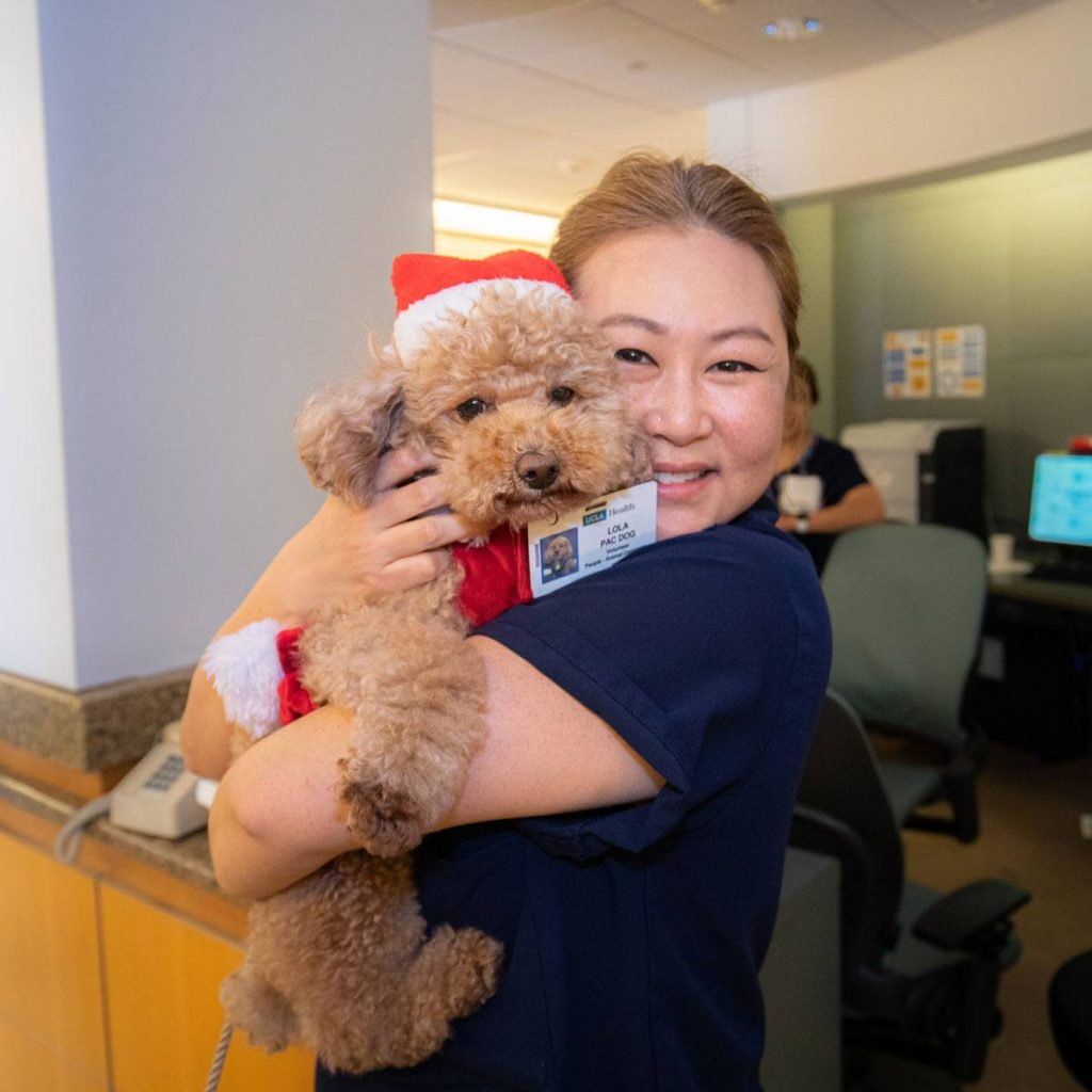 UCLA Nurse with therapy dog