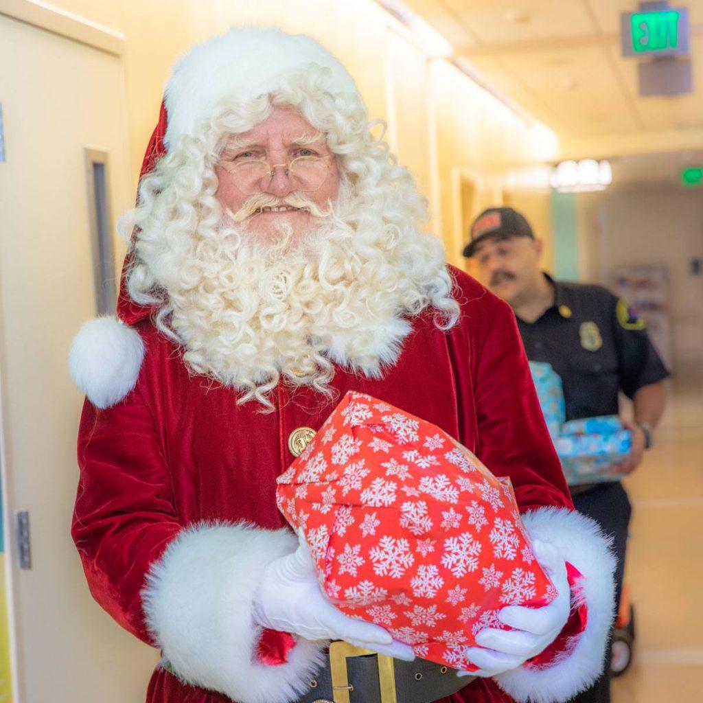 Santa at UCLA Medical Center Santa Monica