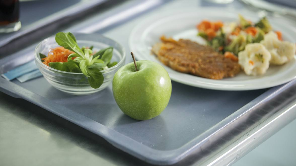 Back to the classroom: For kids' eating habits, a return to routine and nutrition