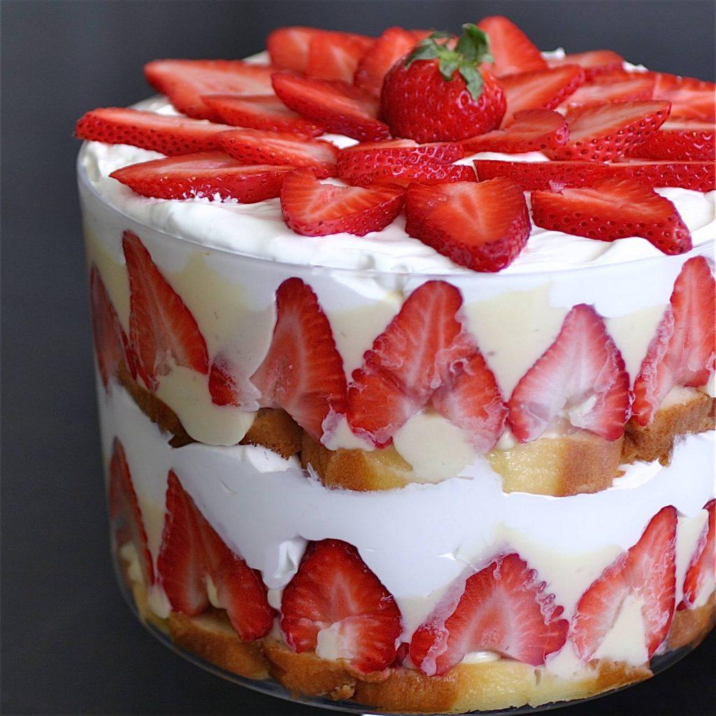 Fresh Berry Trifle