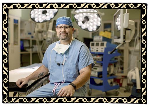 El cirujano e investigador de Mayo, Dr. Mark Truty, está decidido a ofrecer a los pacientes con cáncer de páncreas tanto esperanza como ambas alternativas.