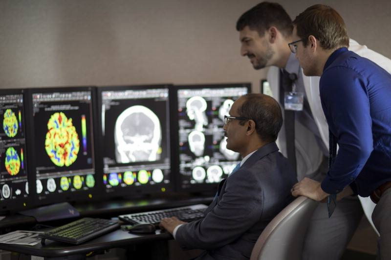 Brain MRI may be overrated in deciding about valve surgery