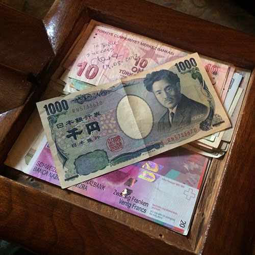 Eiji Habu placed a 1,000 Yen note into the front hall bannister where Dr. Will and Hattie Mayo would keep cash.