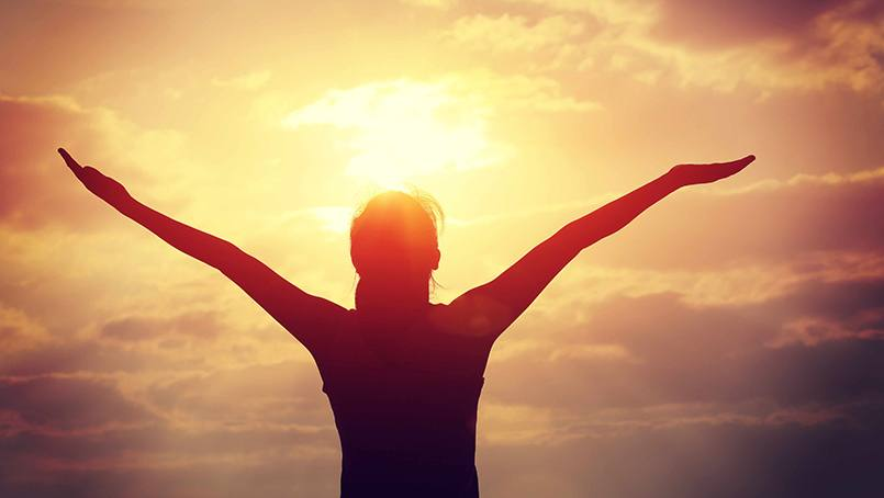 Discover that gratitude actually helps us recover more quickly from adversity.