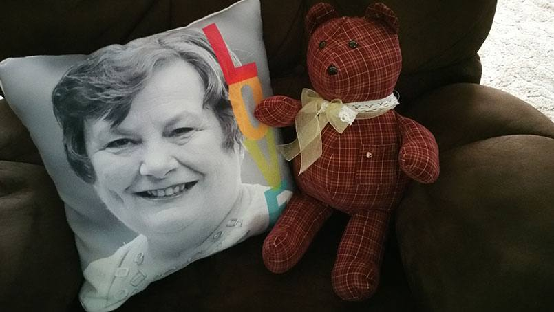 "The Mayo Clinic Health System Hospice program helped Jody Jensen and her father, Dennis, make a teddy bear at a ""memory bear"" workshop."