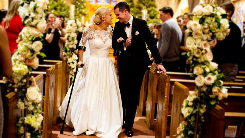 With the help of her Mayo Clinic care team, paralympian Mallory Weggemann was able to walk down the aisle on her wedding day.