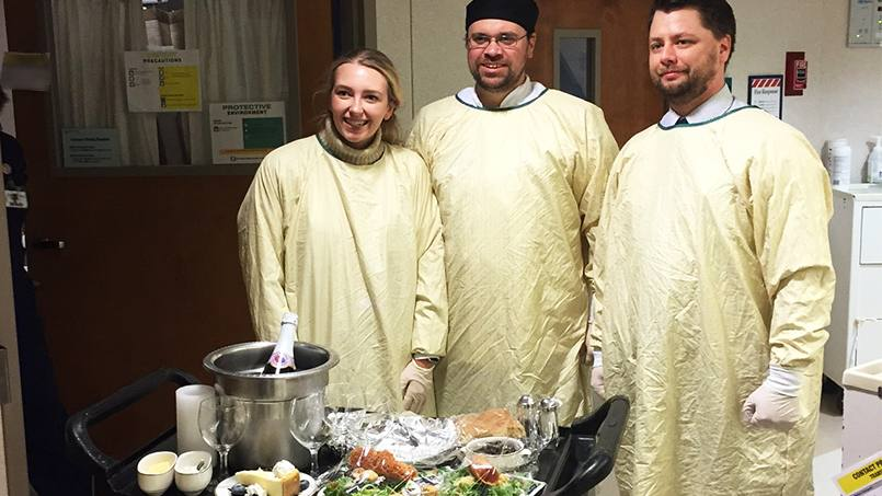 Chefs from Morrison Healthcare recently pulled out all the stops to prepare a special baseball-themed candlelight dinner for one Mayo Clinic patient and his wife during this year's World Series.