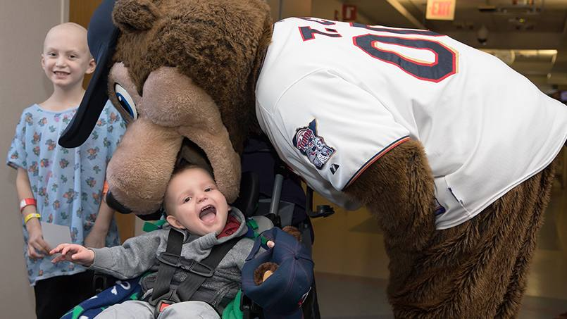 The Minnesota Twins Winter Caravan made a recent stop at Mayo Clinic Children's Center to sign autographs, take pictures, hand out free gear, and help donate 30 new iPads for use by pediatric patients thanks to the contributions of nonprofit organization Pads for Peds.
