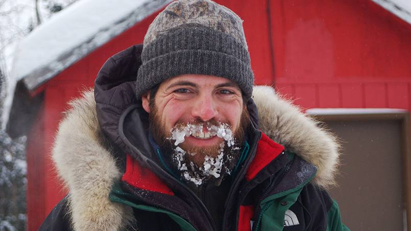 What could nursing and sled dog racing possibly have in common? For Mayo Clinic Emergency Department Nurse Damon Ramaker, the answer is quite a bit.