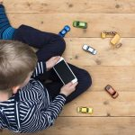 Sunshine and Screen Time: Managing Your Child's Media Use This Summer