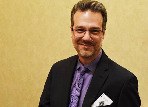 Reade Quinton, M.D. -- Mayo Clinic Physician-slash-Magician