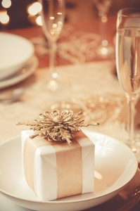gold and white holiday pkg.