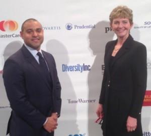 Frederick Wills y Dra. Sharonne Hayes, respectivos administrador y directora de la Oficina para Diversidad e Inclusión de Mayo Clinic