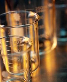 Vasos de precipitados del laboratorio