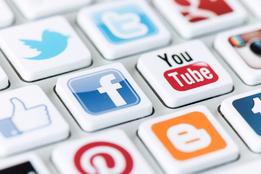 social media word keyboard